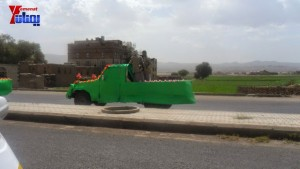 الالاف يشيعون 6 من شهداء مجزرة الضبر بعمران التي ارتكبتها قوات القشيبي بحق مسيرة سلمية (1)