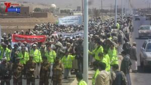 الالاف يشيعون 6 من شهداء مجزرة الضبر بعمران التي ارتكبتها قوات القشيبي بحق مسيرة سلمية (11)