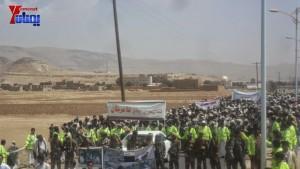 الالاف يشيعون 6 من شهداء مجزرة الضبر بعمران التي ارتكبتها قوات القشيبي بحق مسيرة سلمية (14)