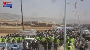 الالاف يشيعون 6 من شهداء مجزرة الضبر بعمران التي ارتكبتها قوات القشيبي بحق مسيرة سلمية (15)