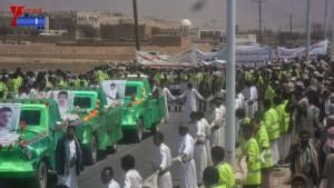الالاف يشيعون 6 من شهداء مجزرة الضبر بعمران التي ارتكبتها قوات القشيبي بحق مسيرة سلمية (29)