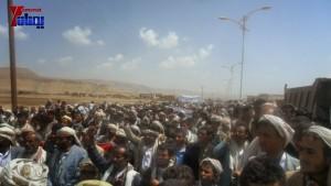 الالاف يشيعون 6 من شهداء مجزرة الضبر بعمران التي ارتكبتها قوات القشيبي بحق مسيرة سلمية (9)