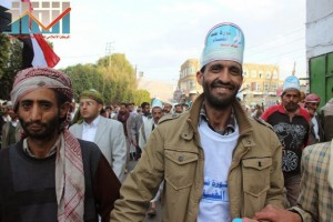 مسيرة انتهاء المهلة وبدء التصعيد الثوري التي انطلقت عصر اليوم 21فبراير من ساحة التغيير بصنعاء (107)