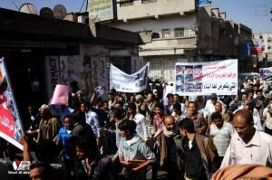 تعز تنتفض في مسيرة تضامنية منددة بمجازر الجيش في الضالع (27)