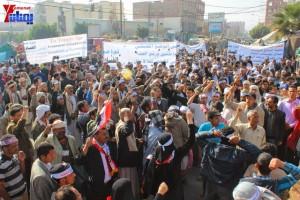 حملة 11 فبراير تخرج مسيرة حاشدة من ساحة التغيير بصنعاء تطالب باقالة و حاسبة حكومة الوفاق (12)