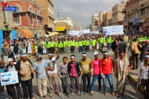 حملة 11 فبراير تخرج مسيرة حاشدة من ساحة التغيير بصنعاء تطالب باقالة و حاسبة حكومة الوفاق (126)