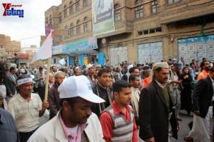 حملة 11 فبراير تخرج مسيرة حاشدة من ساحة التغيير بصنعاء تطالب باقالة و حاسبة حكومة الوفاق (149)