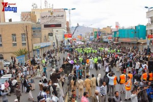 حملة 11 فبراير تخرج مسيرة حاشدة من ساحة التغيير بصنعاء تطالب باقالة و حاسبة حكومة الوفاق (268)