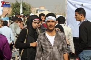 حملة 11 فبراير تخرج مسيرة حاشدة من ساحة التغيير بصنعاء تطالب باقالة و حاسبة حكومة الوفاق (27)