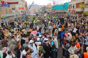 حملة 11 فبراير تخرج مسيرة حاشدة من ساحة التغيير بصنعاء تطالب باقالة و حاسبة حكومة الوفاق (304)