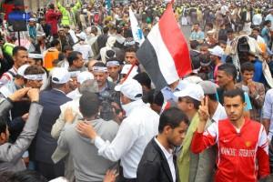 حملة 11 فبراير تخرج مسيرة حاشدة من ساحة التغيير بصنعاء تطالب باقالة و حاسبة حكومة الوفاق (316)