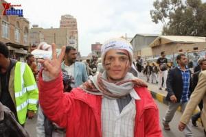 حملة 11 فبراير تخرج مسيرة حاشدة من ساحة التغيير بصنعاء تطالب باقالة و حاسبة حكومة الوفاق (339)