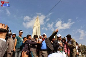 حملة 11 فبراير تخرج مسيرة حاشدة من ساحة التغيير بصنعاء تطالب باقالة و حاسبة حكومة الوفاق (49)