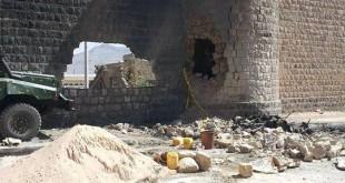الصورة لتفجير انتحاري تعرض له السجن المركزي بصنعاء في 2012